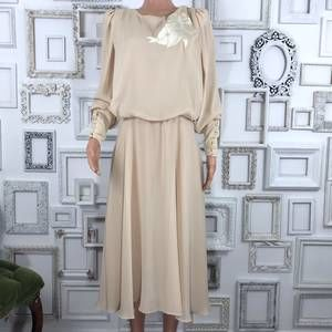 Vintage Cream Long Sleeve Midi Dress